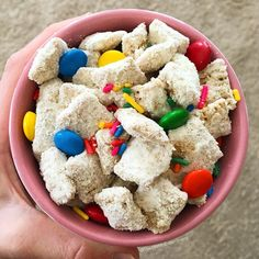 """Cake Batter Protein Puppy Chow!!! (AKA """"white trash"""" if you're from the south ) 100kcal: 4F/9C/7P  This and 3 more new recipes are up on AvatarNutrition.com! Enjoy!  by themacroexperiment"""