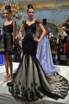 Dennis Basso Spring 2013 gown
