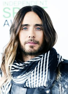 I actually saw Jared Leto in person at a burrito restaurant in SF last week.  He was stunningly handsome in person.