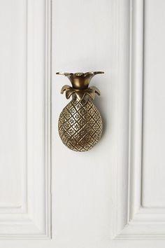 Slide View: 1: Pineapple Greetings Doorknocker
