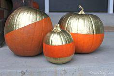 Gold Spray Painted Halloween Pumpkins. 4men1lady.com