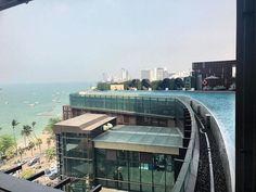 Hotel Hilton Pattaya Thailand  7 MONTHS AROUND THE WORLD BY EK #vaiviviane #7monthasaroundtheworld #aroundtheworld #viajandoomundo#amazingplaces #placestovisit #travelphotography #1001trips #mileumaviagens #travelgram #traveling #placestogo #viajarepreciso #amoviajar #7mesesviajandoomundo #viagens #trip #travelgram #beautifuldestinations #borala #hiltonpattaya