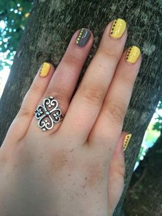 Elegant #nails!  #GelMoment www.hawleywoodnails.gelmoment.com
