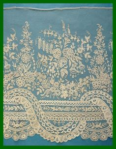 Amazing antique Brussels applique lace crinoline flounce - 7 yards 28 ins in… Needle Lace, Bobbin Lace, Antique Lace, Vintage Lace, Vintage Pink, Lace Ribbon, Lace Fabric, Types Of Lace, Linens And Lace