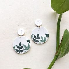 ANNIE - botanical black and white speckles Jewelry Party, Diy Jewelry, Jewelery, Black White Gold, Polymer Clay Earrings, Give It To Me, Perfume, Pendant Necklace, Drop Earrings