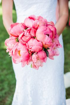 Coral + Navy Nautical Annapolis Wedding – Style Me Pretty