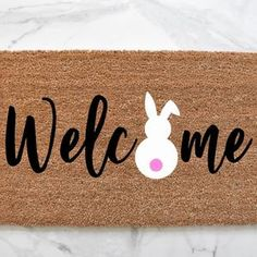Easter Table Decorations, Holiday Decorations, Easter Ideas, Easter Crafts, Porch Mat, Yard Flags, Personalized Door Mats, Doormats, Porch Signs