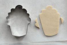 Popcorn Cookies The Sweet Adventures of Sugar Belle - Cookie Cutters - Ideas of Cookie Cutters Summer Cookies, Fancy Cookies, Iced Cookies, Cut Out Cookies, Cute Cookies, Cupcake Cookies, Cookies Et Biscuits, Cupcakes, Owl Cookies