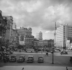 Praça da Sé, 1955. 20 fotos lindas da cidade de São Paulo de 1924 a 1980