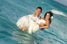 destination wedding trash the dress session. image by cmpdenver.com