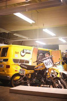 Yamahauler Mx Bikes, Motocross Bikes, Vintage Motocross, Cool Motorcycles, Vintage Motorcycles, Brat Bike, Motorcycle Bike, Off Road Bikes, Dodge Van
