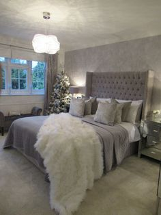 10 Ways to Make Your Home Feel Festive Grey Bedroom Decor, Room Inspiration Bedroom, Luxurious Bedrooms, Bedroom Inspirations, Silver Bedroom, Bedroom Inspiration Grey, Fancy Bedroom, Room Decor Bedroom, Girl Bedroom Decor