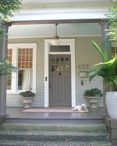 24 Ideas exterior paint colours for house bungalow porches Best Exterior Paint, Exterior Paint Colors For House, Paint Colors For Home, Exterior Design, Paint Colours, Siding Colors, Dark Grey Front Door, Gray Front Door Colors, Grey Doors