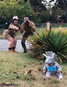 Halloween Costume Contest, Funny Halloween Costumes, Costume Works, Cute Baby Pictures, Baby Fever, Mom And Dad, Cute Babies, Times, Suits