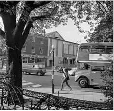 South End Green Hampstead in the dats of the Classic Cinema Old London, Camden London, North London, London History, London Transport, Property Development, London Photos, Old Photos, Britain
