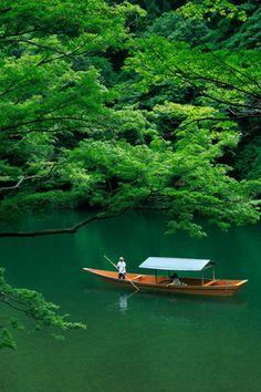 京都 嵐山 屋形船