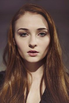 Faces Sansa Stark - Sophie Turner