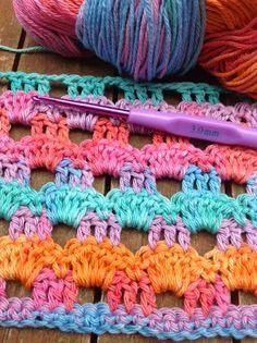 OYA's WORLD- Crochet-Knitting: Crochet: Perforated Wrap Shawl