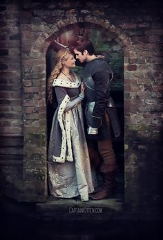 SO BEAUTIFUL! This Manip is just perfection! #CaptainSwan Cred to captainkitten|tumblr http://captainkitten.com/post/125270052362/cs-au-week-day-3-another-realm-once-upon-a-time …