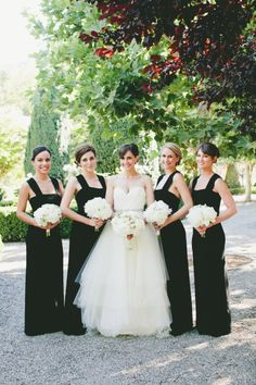 Classic black and white: http://www.stylemepretty.com/california-weddings/calistoga/2015/07/02/elegant-intimate-napa-valley-summer-wedding/ | Photography: Onelove Photography - http://www.onelove-photo.com/