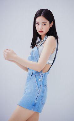 Blackpink Jennie for Calvin Klein Jeans Pictorial (March (HD/HR) Blackpink Fashion, Korean Fashion, Fashion Outfits, Blackpink Jennie, K Pop, Kpop Outfits, Cute Outfits, Moda Kpop, Ropa Hip Hop