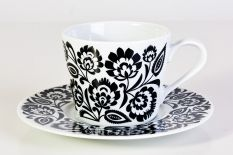 Folk style cup (black & white) Antique Tea Cups, Japanese Tea Ceremony, Folk Fashion, Tea Art, High Tea, Tea Time, Folk Art, Traditional, Mugs