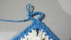 TAPETE RETANGULAR RENDADO EM CROCHÊ COM PASSO A PASSO Diy And Crafts, Crochet Necklace, Marie, Crochet Rug Patterns, Owl Bathroom, Totes, Needlepoint, Blue Prints, Crochet Collar