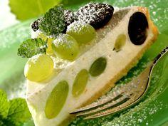 Quarkkuchen mit Weintrauben - smarter - Zeit: 45 Min. | eatsmarter.de