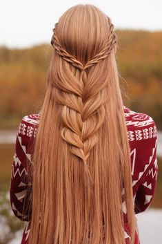 Bohemian hairstyles are worth mastering because they are creative, pretty and so wild. Plus, boho hairstyles do not require much time and effort to do. See more fabulous boho hairstyles. Hairstyles 60 Best Bohemian Hairstyles That Turn Heads Cool Braid Hairstyles, Bohemian Hairstyles, Braided Hairstyles Tutorials, African Hairstyles, Pretty Hairstyles, Wedding Hairstyles, Hairstyles 2016, Hairstyles Pictures, Glam Hairstyles