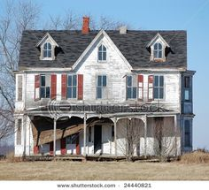 If I ever find this house, I will buy it and make it beautiful again!!!!