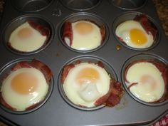 SUPER Easy 3 step muffin tin breakfast.