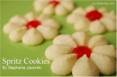 Pinner said: Spritz Cookies Recipe.I remember my grandma and mom making these throughout my childhood. Instead of vanilla extract we use almond. Spritz Cookie Recipe, Spritz Cookies, Yummy Cookies, Cookie Recipes, Jam Cookies, Noel Christmas, Christmas Treats, Holiday Treats, Swedish Christmas