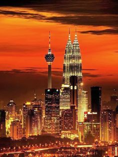 Kuala Lumpur skyline. WOW! #Malaysia #travel #adventurehoney