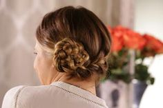 While getting the perfect messy braid is often easier said than done, this voluminous mermaid braid is the exception to the rule. Give it a try!