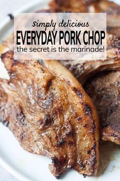 grilled pork chops My go-to, everyday pork chop recipe - the marinade is the secret! Easy to make and uses common pantry ingredients. I use a grill pan to cook these chops because it's faster and convenient! Oven Pork Chops, Pork Chops And Rice, Juicy Pork Chops, Baked Pork Chops, Pork Chop Marinade Baked, Marinated Pork Chops, Pork Chop Seasoning, Pork Rub, Easy Pork Chop Recipes
