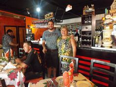 Rosalía Rebolledo vivió en Cuba entre 1973 y 1985. Regresó a Chile y colocó el restaurante que prometió merecer. El 27 de febrero del año 2010, tras el terrible terremoto que atozó el sur de Chile…