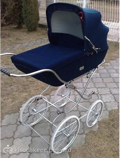 . Pram Stroller, Baby Strollers, Battlestar Galactica Movie, Vintage Pram, Prams And Pushchairs, Baby Prams, Cots, Travel System, Baby Carriage