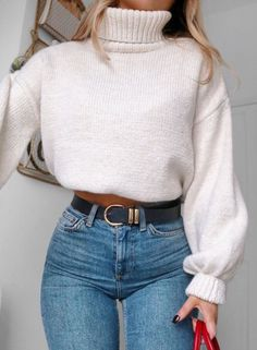 25 Trendy and Cozy Sweater Outfits for Girls 2019 25 Trendy and Cozy Sweater Outfits for Girls; The post 25 Trendy and Cozy Sweater Outfits for Girls 2019 appeared first on Sweaters ideas. 90s Fashion, Look Fashion, Womens Fashion, Hipster Fashion, Cheap Fashion, Fashion Clothes, Women's Clothes, Fashion Fall, Classy Fashion