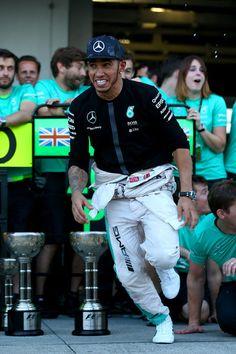 Lewis Hamilton Photos Photos - F1 Grand Prix of Japan - Zimbio