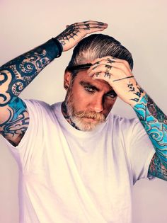 The Brooklyn hipster beard frenzy has officially migrated across the pond -- all the way to England. London's famed Somerset House is currently hosting a photography exhibition, Beard, which -- unsurprisingly -- documents the best beards from around… Somerset, Hot Tattoos, Tattoos For Guys, 3 Tattoo, Sketch Tattoo, Small Tattoos, Rockabilly Men, Pin Up, Epic Beard