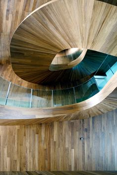 wood stairs #architecture