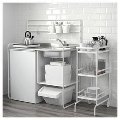 SUNNERSTA Mini-kitchen IKEA With SUNNERSTA mini-kitchen you can easily create a practical and inspiring area for cooking even in a small space Kitchen Ikea, Mini Kitchen, Open Kitchen, Kitchen Furniture, Kitchen Decor, Kitchen Island, Kitchen Sink, Kitchen Gadgets, Brass Kitchen Faucet
