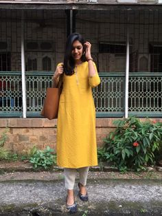 Style clothes hipster ootd Ideas for 2019 Dress Indian Style, Indian Dresses, Indian Outfits, Pakistani Outfits, Casual Indian Fashion, Casual Outfits, Fashion Outfits, Fashion Styles, Indian Designer Suits