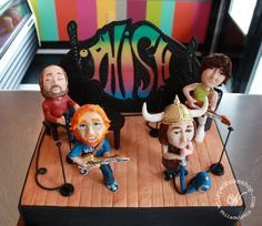 @Whipped Bakeshop - We spent dozens of hours making this badass groom's cake for a huge @Phish fan. Retweet if you're a fan too! #Phish pic.twitter.com/Cu40tJkQvp
