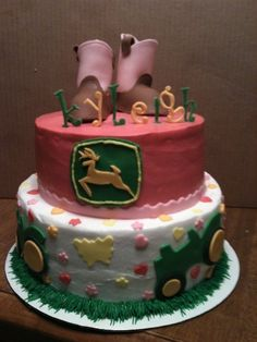 john deer girls cake...... I can see a little girl in my house getting a cake like this, for sure!!