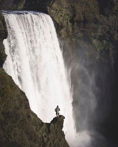 Skógafoss Waterfall Iceland | Sam Poole Say Yes To Adventure