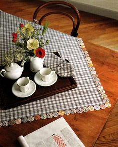beautiful Yo Yo country tablecloth.....