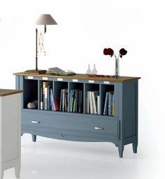 #Librero bajo en color azul y cerezo natural, ideal para respaldos de sofás y #estudios de estilo clásico, mas en: http://www.rusticocolonial.es/