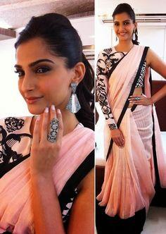 Bollywood Actress Saree Collections: Bollywood Actress Sonam Kapoor Bollywood Designer Peach And Black Saree