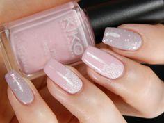 Vaaleanpunainen viikko: Dollhouse & Satin Pastel Pink